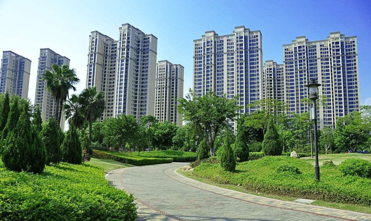 买房被开发商延期交房怎么办?